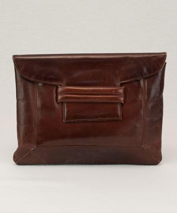 Pochette en cuir marron vintage