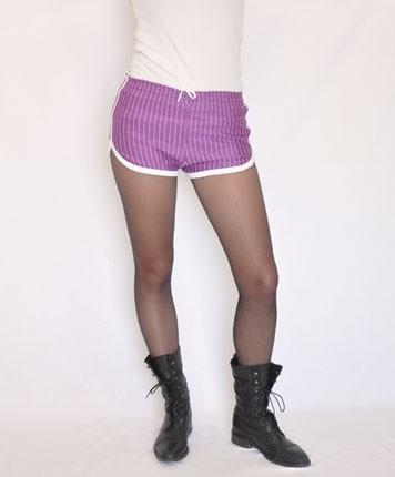 Shorty violet